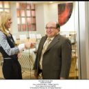 (l to r) KRISTEN BELL, DANNY DeVITO. Photo: Myles Aronowitz SMPSP. '© Touchstone Pictures, Inc. All Rights Reserved.'