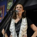 Mandy Moore - Performance At Amoeba Music, 2009-05-26
