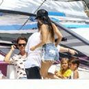 Kourtney Kardashian Takes a Boat Ride With Her Family in Miami - July 3, 2016 - 454 x 325