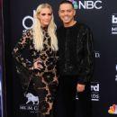 Ashlee Simpson – Billboard Music Awards 2018 in Las Vegas - 454 x 681