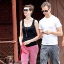 Anne Hathaway and fiance Adam Shulman walking Esmeralda in Brooklyn, NY (August 25) - 454 x 707