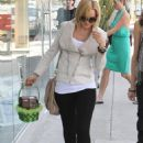 Mena Suvari Leaves The Pepsi Refresh Cafe In LA, March 27 2010