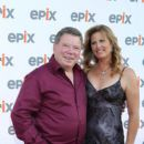 Elizabeth Anderson Martin and William Shatner - 396 x 594