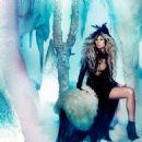 Heidi Klum: December 2012 issue of Amica magazine