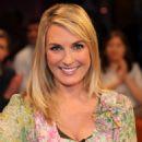 Britt Reinecke - NDR Talkshow - 2010-11-19 - 454 x 698