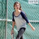 Sarah Hyland: running around filming with Ed