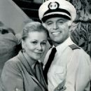 Joan Fontaine OnThe Love Boat - 454 x 609