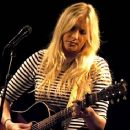 Holly Williams - 420 x 366