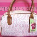 Victoria Secret - 454 x 341