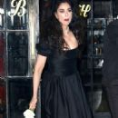 Sarah Silverman in Black Dress out in New York - 454 x 792