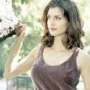 Elena Lyons - 260 x 387