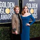 Carol Burnett and Amy Adams :  76th Annual Golden Globe Awards - 400 x 600
