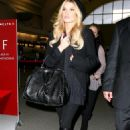 Jessica Simpson - Leaving John Wayne Airport In Orange County, 13.12.2008.