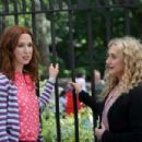 Ellie Kemper and Busy Philipps – Filming 'Unbreakable Kimmy Schmidt' in New York - 454 x 303