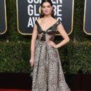 Anne Hathaway : 76th Annual Golden Globe Awards - 411 x 600