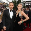 Ryan Reynolds and Blake Lively : 74th Annual Golden Globe Awards - 411 x 550