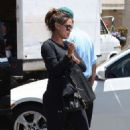 Vanessa Minnillo: at the valet of Stanley's in Sherman Oaks
