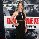 Bettina Olivieri – 'Den of Thieves' Premiere in Los Angeles
