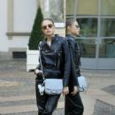 Xenia Tchoumitcheva – Arriving at the Tod's Fashion Show in Milan - 454 x 681