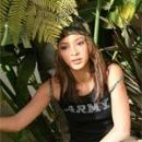Jennifer Cambra - 150 x 215
