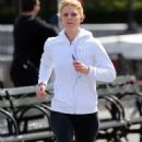 Claire Danes Hits the Pavement in NYC - 454 x 726