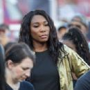 Venus Williams – On the field for pregame of Chicago Bears vs LA Rams at Los Angeles Memorial Coliseum - 454 x 303