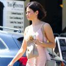 Jenna Dewan in Pink Dress – Arriving at movie set in Los Angeles - 454 x 681