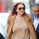 Lindsay Lohan – Leaves her apartment in New York City - 454 x 576