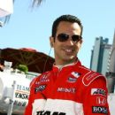 Helio Castroneves - 427 x 640