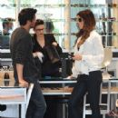Kate Beckinsale & Len Wiseman Shopping At Optical Shop Of Aspen