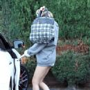Miley Ray Cyrus walking to an LA studio (August 10)