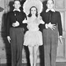 Joan Crawford and Douglas Fairbanks, Jr - 454 x 496
