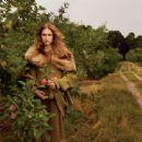 Natalia Vodianova - Vogue Magazine Pictorial [United States] (October 2014)
