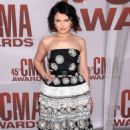 Ginnifer Goodwin Glams Up the 2011 CMA Awards