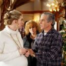 Behind the scene of THE SANTA CLAUSE 3: The Escape Clause. (L-R) Elizabeth Mitchell, Ann-Margret, Michael Lembeck. Photo credit: Joseph Lederer © Disney Enterprises, Inc. All rights reserved. - 454 x 303