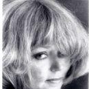 Yvette Vickers - 454 x 587