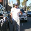 Mark Wahlberg heads through Beverly Hills on February 04, 2016 - 442 x 600