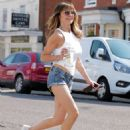Lizzie Cundy – Spotted in denim hotpants in London - 454 x 593