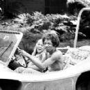 Jimi Hendrix and Joy Bang - 454 x 308