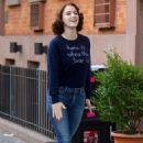 Rachel Brosnahan – 'The Marvelous Mrs. Maisel' Filming Rehearsals in Chelsea, New York - 454 x 669