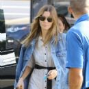 Jessica Biel – Out in Los Angeles - 454 x 681