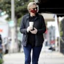 Jane Lynch – Leaves King's Road Cafe in Los Angeles