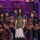 Deepika Padukone : Umang Mumbai Police Show 2015 - 454 x 279