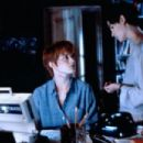 Jennifer Jason Leigh and Bridget Fonda in Single White Female (1992)