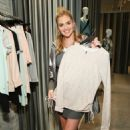 Kate Upton – Copper Fit and Kate Upton Launch Event in NYC - 454 x 681