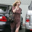 Kirsten Dunst Goes To Neil George Salon In West Hollywood 2007-08-25