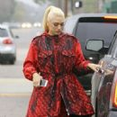 Gwen Stefani and her kids are seen leaving church in Los Angeles, California on February 5, 2017 - 451 x 600