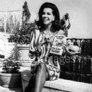 Jacqueline Susann - 435 x 594