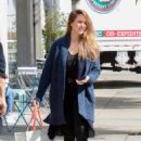 Jessica Alba at Starbucks in West Hollywood