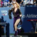 Shania Twain – 17th Annual USTA Foundation Opening Night Gala in NYC - 454 x 576